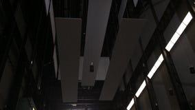 Βίντεο εγκατάστασης τέχνης του Tate Modern απόθεμα βίντεο
