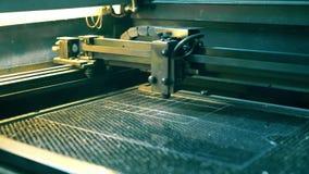 Βίντεο συσκευών εργασίας lazer graving φιλμ μικρού μήκους