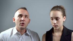 Βίντεο του ζεύγους κατά τη διάρκεια της ομιλίας απόθεμα βίντεο