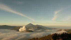 Βίντεο χρονικού σφάλματος αποκαλούμενης της ηφαίστειο ΑΜ Bromo, Ινδονησία απόθεμα βίντεο