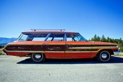 1964 βαγόνι εμπορευμάτων γαιοκτημόνων χώρας της Ford Στοκ Εικόνες