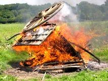 Βαγόνι εμπορευμάτων στην πυρκαγιά Στοκ Εικόνες