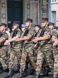 Βαδίζοντας στρατεύματα Στοκ Εικόνες