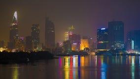 Βαθιά νύχτα στη πόλη Χο Τσι Μινχ Ύπνος ουρανοξυστών φιλμ μικρού μήκους