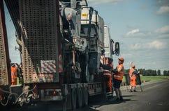 Βαθιά οδική επισκευή Στοκ εικόνες με δικαίωμα ελεύθερης χρήσης