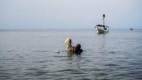 Βαθύς ψαράς λαιμών Στοκ εικόνες με δικαίωμα ελεύθερης χρήσης