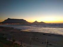 Βαθύ ηλιοβασίλεμα στοκ εικόνες με δικαίωμα ελεύθερης χρήσης