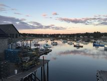 Βαθύ λιμάνι στο σούρουπο Στοκ φωτογραφία με δικαίωμα ελεύθερης χρήσης