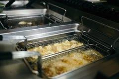 Βαθύ fryer εστιατορίων Στοκ εικόνες με δικαίωμα ελεύθερης χρήσης
