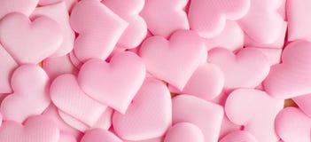 βαλεντίνος ημέρας s Ρόδινο σκηνικό μορφής καρδιών Αφηρημένο υπόβαθρο βαλεντίνων διακοπών με τις ρόδινες καρδιές σατέν άνδρας αγάπ στοκ εικόνες