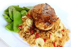 βαλσαμικό σκόρδο cous κοτόπουλου στοκ εικόνες