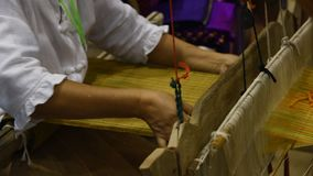 Βαμβάκι που υφαίνεται παραδοσιακό φιλμ μικρού μήκους