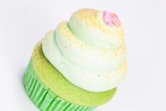 Βανίλια cupcake με την τήξη ασβέστη Στοκ Εικόνες