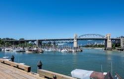Βανκούβερ, Καναδάς - 23 Ιουνίου 2017: Βάρκες στο Burrard πολιτικό μΑ στοκ εικόνα