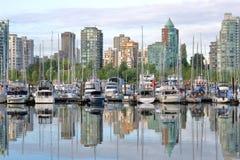 Βανκούβερ, Καναδάς κεντρικός και μαρίνα στοκ φωτογραφία με δικαίωμα ελεύθερης χρήσης