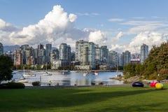 Βανκούβερ, Καναδάς - 18 Σεπτεμβρίου 2016 Ψεύτικος κολπίσκος και κεντρικός Στοκ Εικόνες