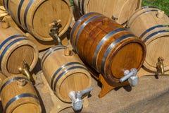 Βαρέλια για το κρασί και την μπύρα στοκ εικόνες