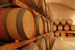 βαρέλια κρασιού σειρών Στοκ Εικόνες