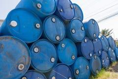 βαρέλια μπλε πετρελαίο&upsil Στοκ φωτογραφία με δικαίωμα ελεύθερης χρήσης