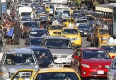 Βαριά κυκλοφορία 33ων οδών πόλεων της Νέας Υόρκης Στοκ Εικόνα