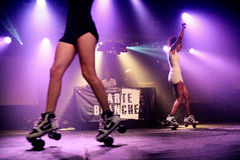 Η εξουσιοδότηση deejays αποδίδει στη υπερβολική δημόσια προβολή Στοκ φωτογραφία με δικαίωμα ελεύθερης χρήσης