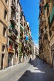 Βαρκελώνη, Ισπανία - 19 Απριλίου 2016: Μεσαιωνικά κτήρια στο γοτθικό Barceloneta distric Στοκ Εικόνες