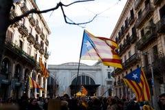 Βαρκελώνη, Ισπανία - 21 decemer 2018: τα νέα καταλανικά independists, κάλεσαν Cdr, διαφωνία με την αστυνομία κατά τη διάρκεια ενό στοκ εικόνα