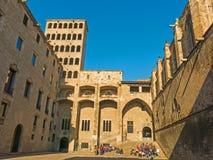 Βαρκελώνη: μεσαιωνικό Παλάου Reial Royal Palace στα καταλανικά σε Pla Στοκ Φωτογραφίες