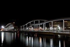 Βαρκελώνη τη νύχτα απεικόνιση αποθεμάτων