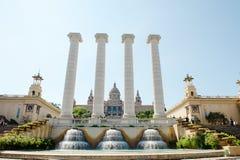 Βαρκελώνη, Ισπανία - πηγή, στήλη και εθνικό Μουσείο Τέχνης Plaza de Espana Στοκ εικόνα με δικαίωμα ελεύθερης χρήσης
