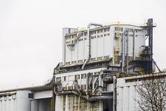 Βαρύ κτήριο βιομηχανίας Στοκ φωτογραφίες με δικαίωμα ελεύθερης χρήσης