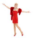 Βασίλισσα έλξης στο κόκκινο φόρεμα με την εκτέλεση γουνών Στοκ εικόνα με δικαίωμα ελεύθερης χρήσης