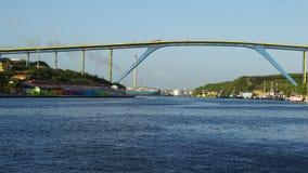 Βασίλισσα Juliana Bridge σε Willemstad, Κουρασάο Στοκ Φωτογραφία