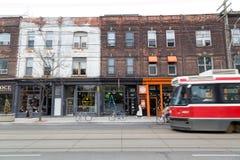 Βασίλισσα Street West Τορόντο στοκ φωτογραφίες