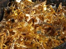 Βασικά δαχτυλίδια αναμνηστικών πύργων του Άιφελ για την πώληση jumble στοκ φωτογραφία με δικαίωμα ελεύθερης χρήσης