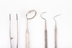 Βασικά οδοντικά όργανα εξέτασης καθορισμένα Στοκ Φωτογραφίες
