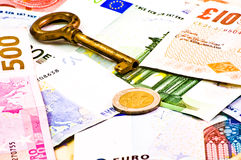 βασικά χρήματα Στοκ φωτογραφία με δικαίωμα ελεύθερης χρήσης