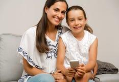 βασική μητέρα κορών Στοκ φωτογραφία με δικαίωμα ελεύθερης χρήσης