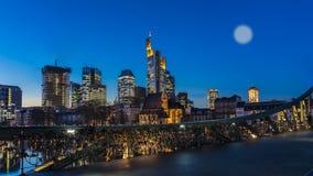 βασική νύχτα της Φρανκφούρτης Στοκ φωτογραφία με δικαίωμα ελεύθερης χρήσης