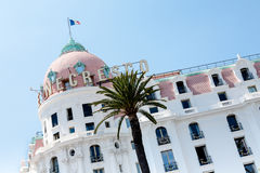 Βασικοί θόλος Negresco ξενοδοχείων και μέρος της πρόσοψης Στοκ Φωτογραφίες