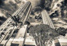 Βασικοί ουρανοξύστες Brickell μια ηλιόλουστη ημέρα, Μαϊάμι Στοκ Εικόνες