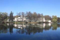 Βασικό κτήριο του κτήματος κοντά στη Μόσχα Στοκ εικόνα με δικαίωμα ελεύθερης χρήσης