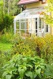 βασικό σολάρηο κήπων στοκ φωτογραφίες