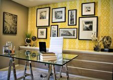 βασικό σύγχρονο γραφείο Στοκ φωτογραφία με δικαίωμα ελεύθερης χρήσης