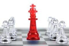Βασιλιάς του σκακιού, ηγέτης και ομαδική εργασία για την επιχειρησιακή έννοια στοκ φωτογραφίες με δικαίωμα ελεύθερης χρήσης