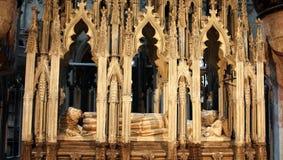 Βασιλιάς Edward η δεύτερη στηργμένος θέση στον καθεδρικό ναό του Γκλούτσεστερ Στοκ φωτογραφία με δικαίωμα ελεύθερης χρήσης