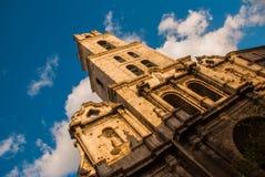 Βασιλική Menor de Σαν Φρανσίσκο de Asis Καθεδρικός ναός του ST Francis Άποψη της εκκλησίας από το κατώτατο σημείο επάνω ενάντια σ Στοκ Φωτογραφία