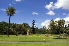 Βασιλικός βοτανικός κήπος με τους φοίνικες Στοκ Εικόνες
