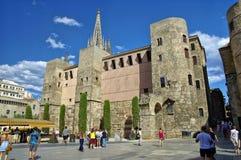 Βασιλικό τετραγωνικό Placa Reial ή πραγματικό Plaza καλά - γνωστό τουριστικό αξιοθέατο της Βαρκελώνης Στοκ φωτογραφία με δικαίωμα ελεύθερης χρήσης