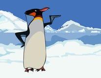 Βασιλιάς κινούμενων σχεδίων penguin στα χιονώδεις βουνά και τον πάγο Στοκ Εικόνες